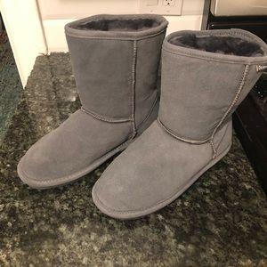 Bearpaw New women's size 9 gray boots